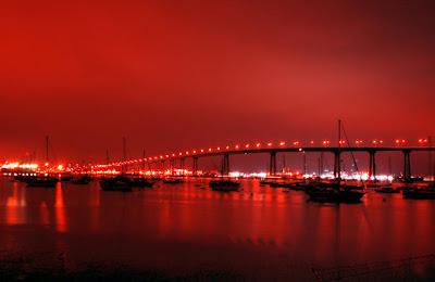 http://3.bp.blogspot.com/-15YFwPVSUiM/T25h_GWuXKI/AAAAAAAADAU/XAznA3EKzu0/s400/Coronado+Bridge+(San+Diego,+California,+USA).jpg