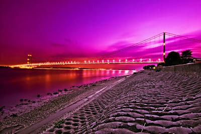 http://2.bp.blogspot.com/-LuGSAhrDP-c/T25iHvAo72I/AAAAAAAADBE/kFwPKJ4cwOo/s400/Humber+Bridge+(Kingston+upon+Hull,+England).jpg