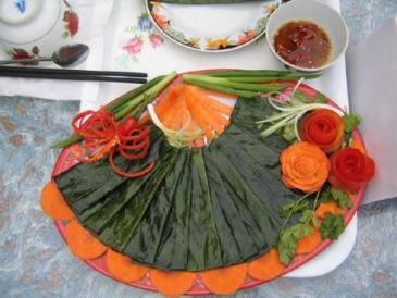 https://banmaihong.files.wordpress.com/2012/09/banhnam_01_www-nghiengvietnam-net.jpg?w=300