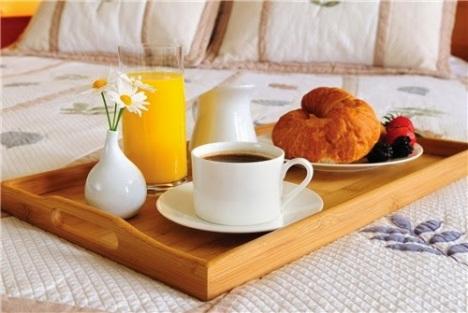 https://banmaihong.files.wordpress.com/2015/12/a6852-breakfast.jpg