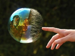 https://banmaihong.files.wordpress.com/2016/05/34e43-world-reflected-in-bubbles1.jpg?w=261&h=196