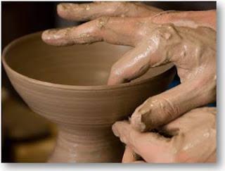 https://banmaihong.files.wordpress.com/2016/09/c5a1a-pottery-2.jpg